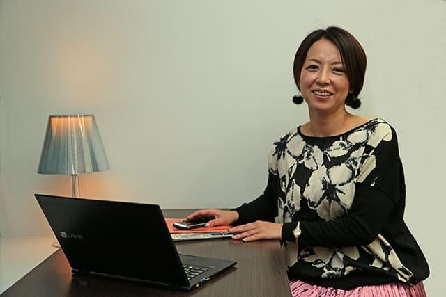 山崎エリカ パソコン